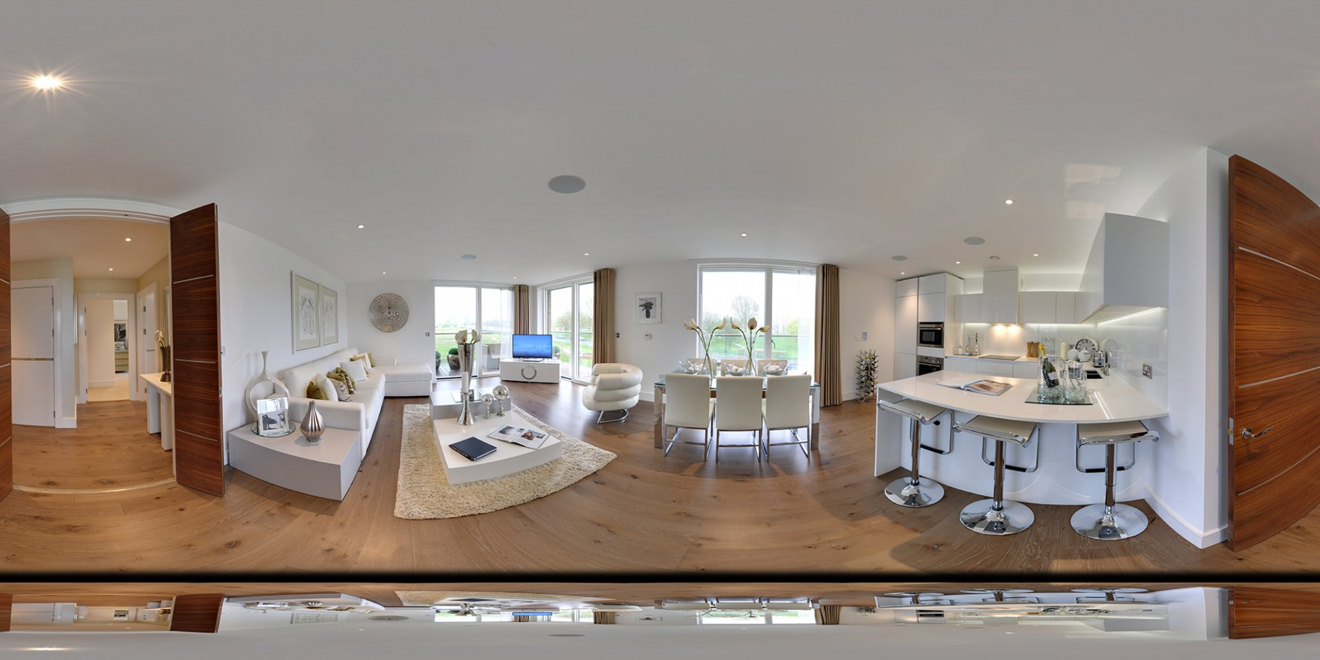 London Apartment. Click here to view panoramic image.